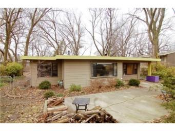 Mid-Century Modest - At Home in Kansas City with Sarah Snodgrass
