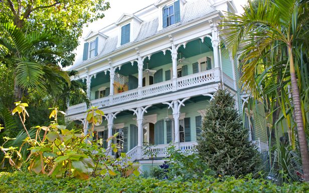At Home In Brookside On Vacation The Victorians Bungalows And